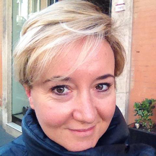 """""""Il male dentro"""" di MariaGiovanna Luini al Mondadori Multicenter di Milano"""