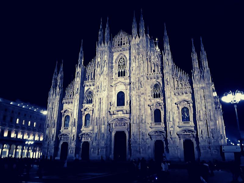 Duomo Urban Walking